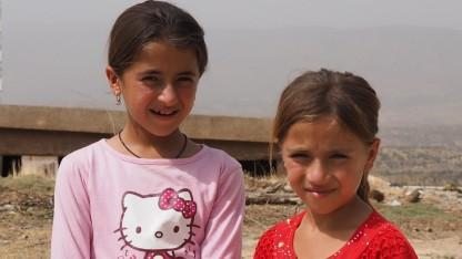 Krigere fra Islamisk Stat voldtog Salma og Saminas mor for øjnene af dem