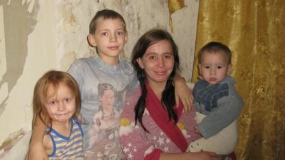 Lena blev gravid som 16-årig, alkoholiker og kom i myndighedernes søgelys