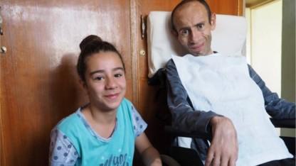 """Irakiske Kaya: """"Nu kan jeg igen gå i skole"""""""