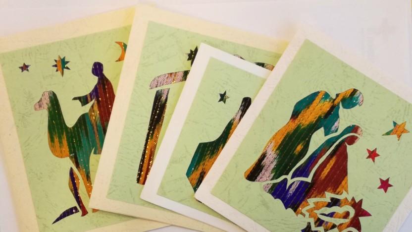 Køb håndlavede julekort og hjælp udsatte kvinder