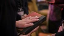 """Iransk kristen om den nye bibel på farsi: """"Ordene er så meget mere dyrebare"""""""