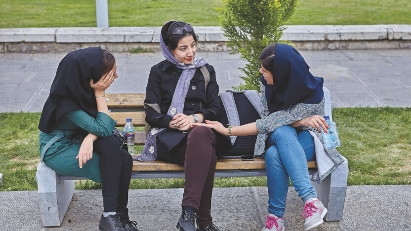 Iranske Azar blev overfaldet og mistede sit barn