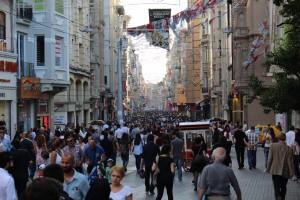 14 Gågaden Istiklal Caddesi på Istanbuls europæiske side