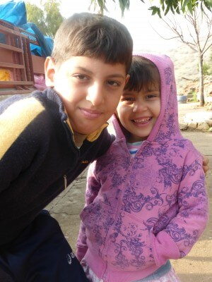 4a Du er med til at kalde smilet frem på disse skønne børns ansigter
