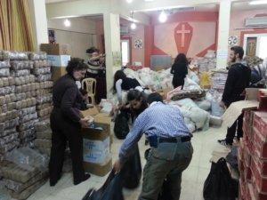 side-6a-aleppo-church-food-distribution-team