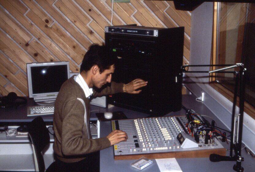 Dansk Europamissions givere gav 10.000 USD til opførelse af bygning til en kristen radiostation i Cluj i Rumænien.